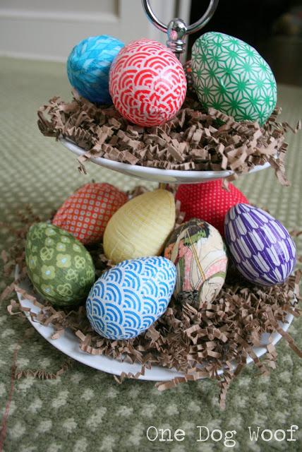 Яйця загорнуті в папір оригамі